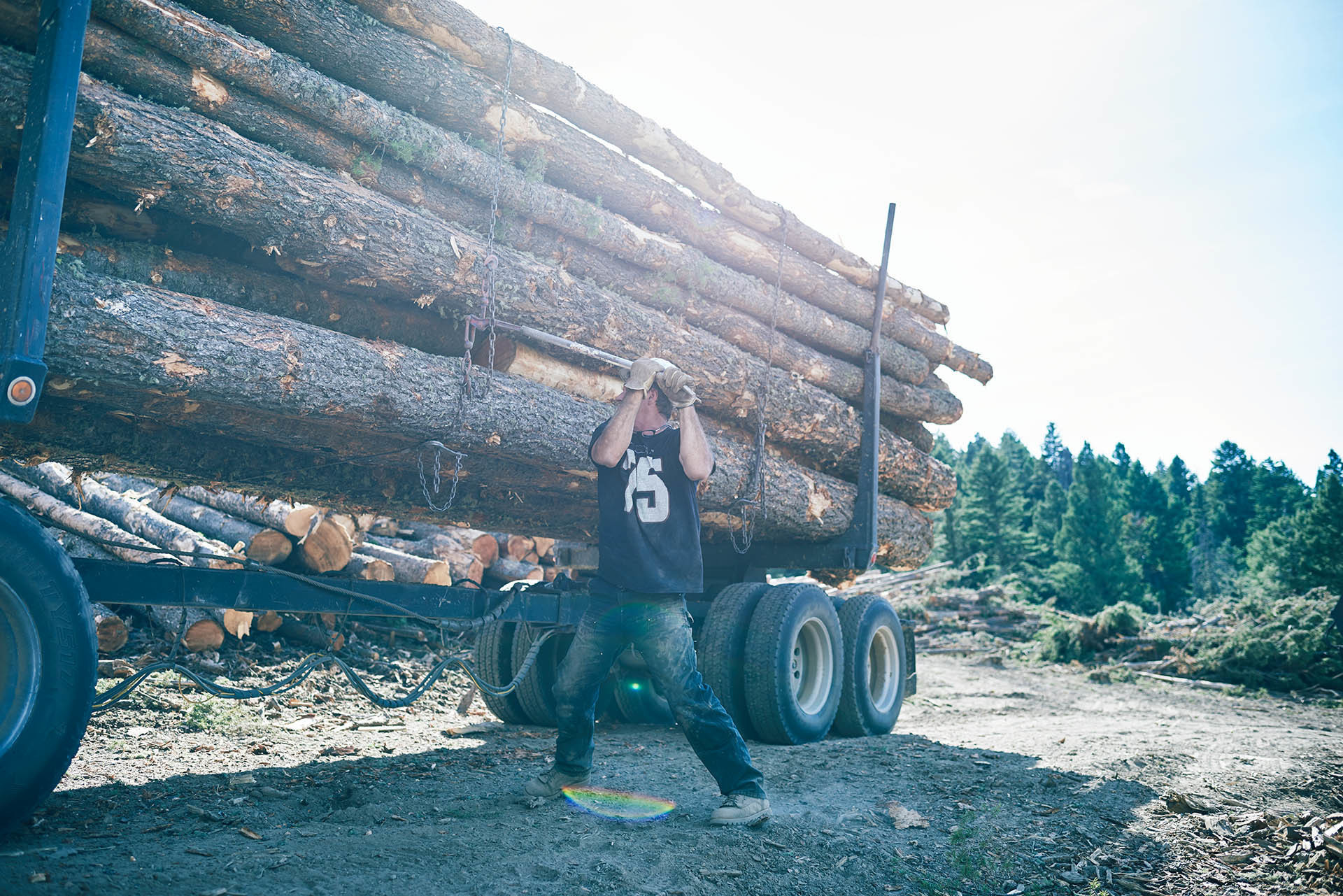 14_dw_1608_valvolineHD_logging_working_1406_comp_1920pxl