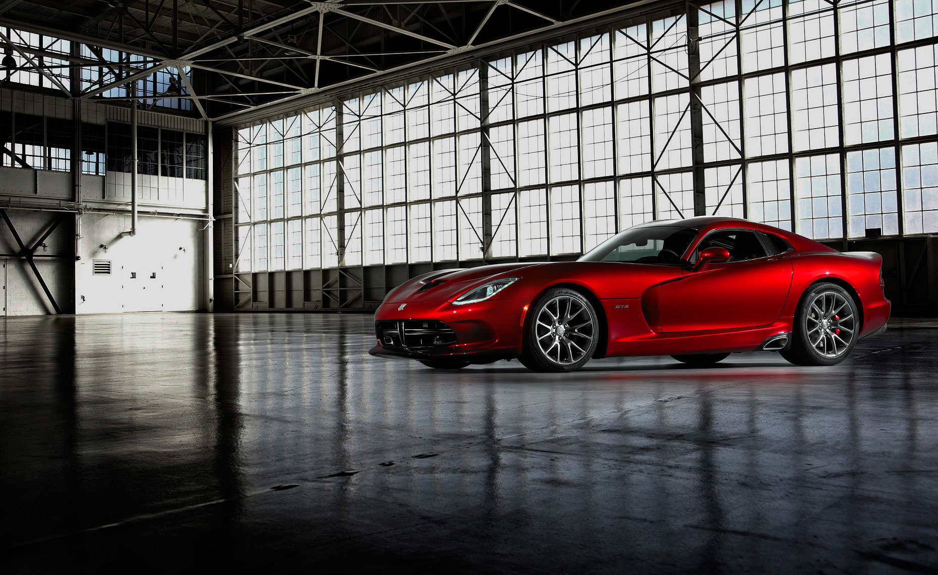 2013_viper_srt_warehouse.jpg