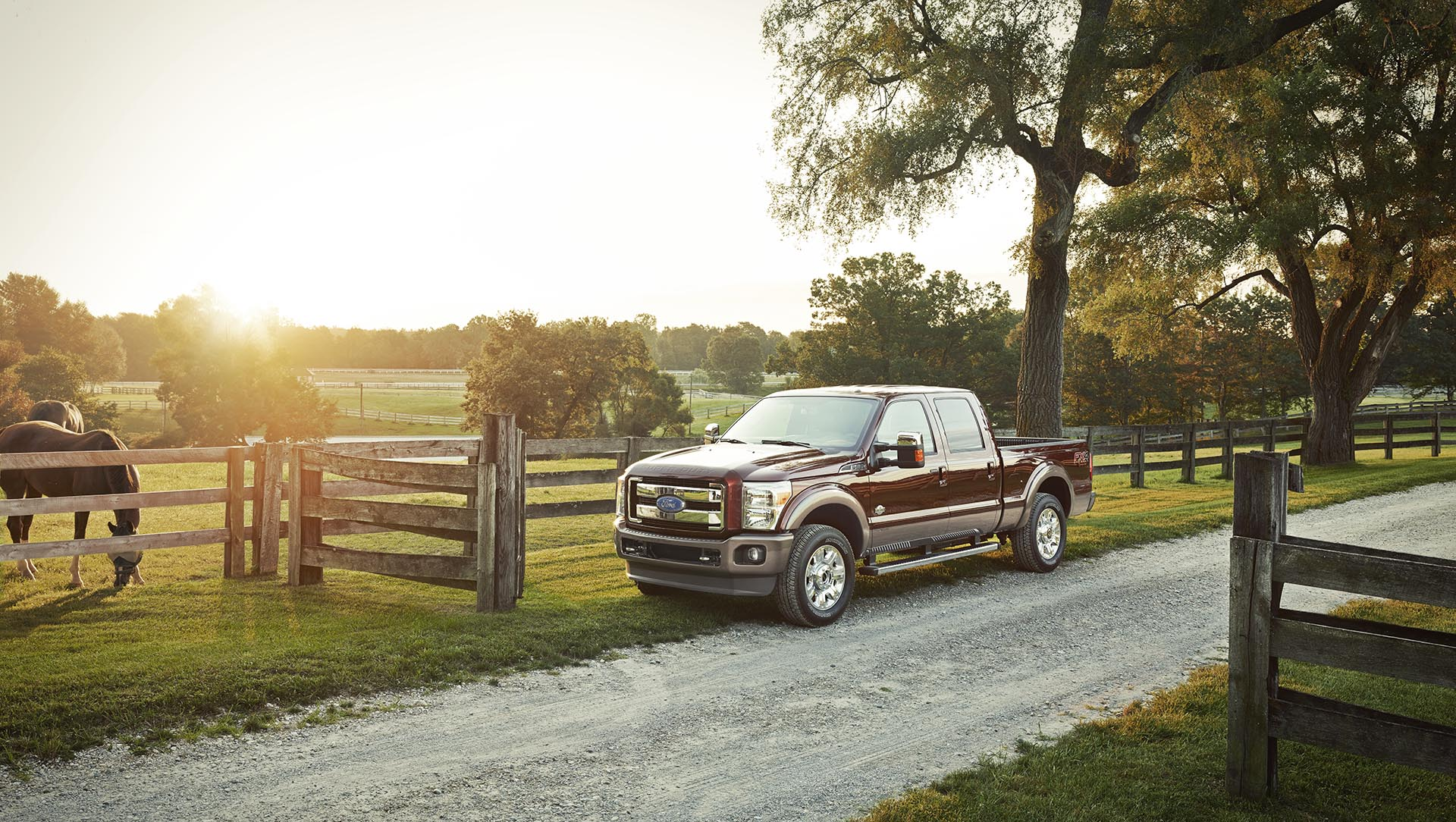 20_Superduty_04_42806_comp_crop_1920pxl_2018