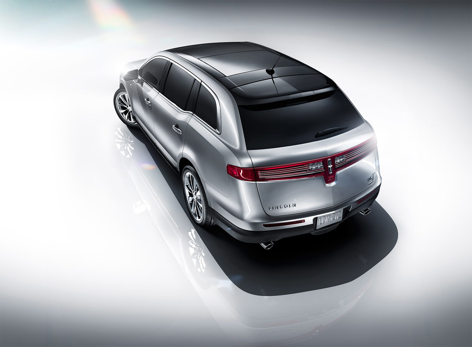 lincoln-mkt-rear-001-stanley.jpg